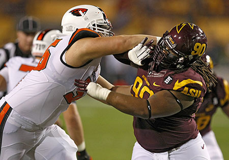 Will Sutton, Isaac Seumalo